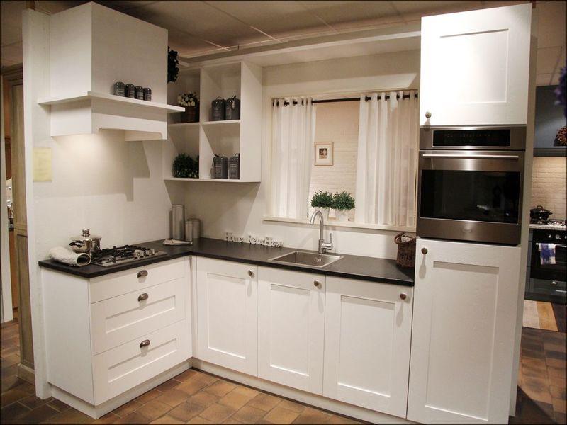 Image for Keuken Met Kookplaat In De Hoek