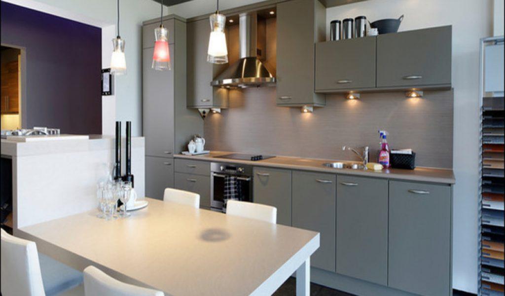 Eenvoudige keuken kopen bestekeuken