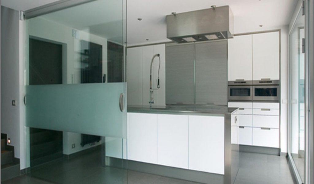 Keuken met schuifdeuren bestekeuken