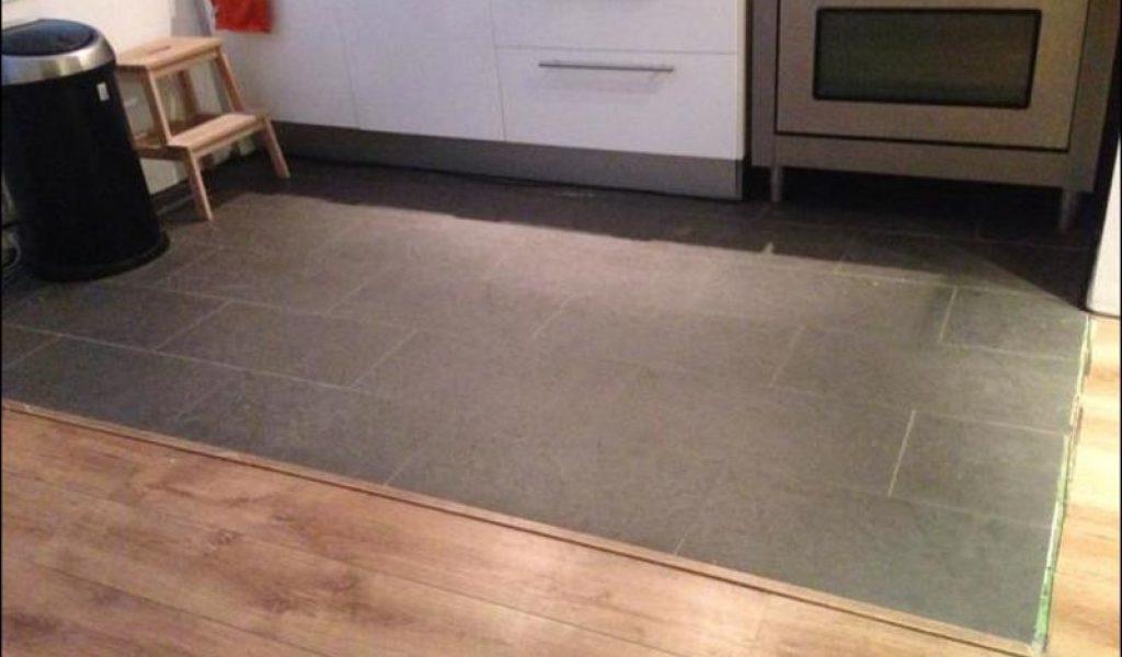 keuken op laminaat plaatsen