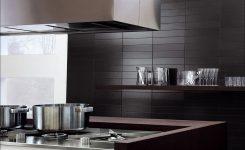 zwarte wandtegels keuken